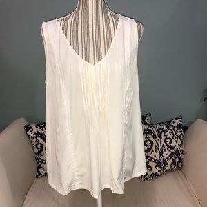 Merona XXL White sleeveless blouse